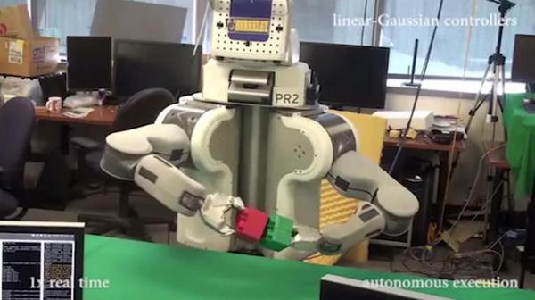 能自主学习的机器人