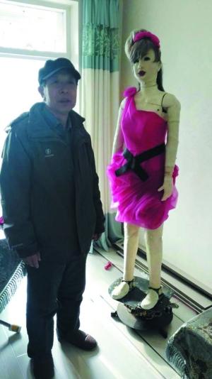 【故事汇】老人与他的跳舞模特机器人