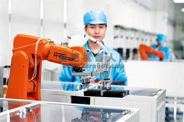 世界工厂东莞大举发力 机器人助中国制造雄起