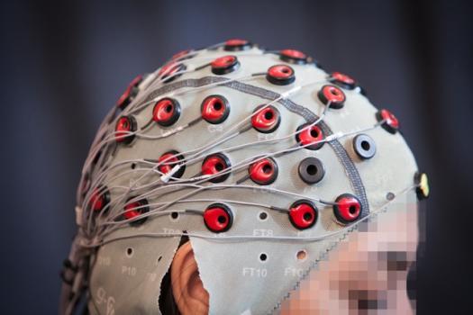 受大脑控制的机器人