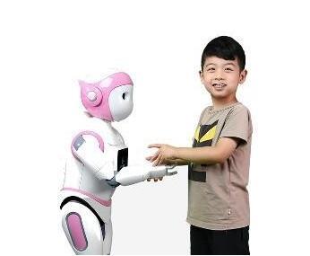 移动式人形iPal机器人 造就孩子好伴侣