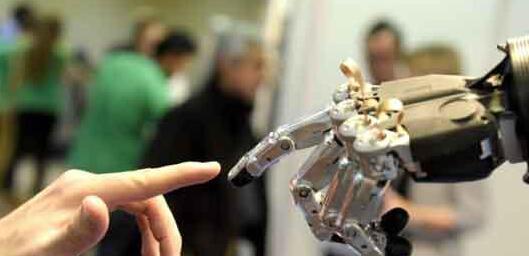 未来的智能机器人会怎样发展?
