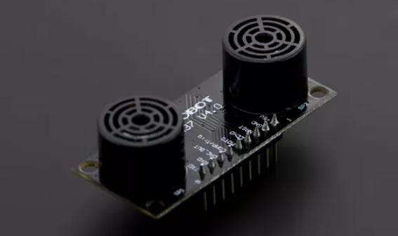 超声波距离传感器