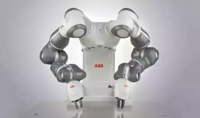 双臂机器人
