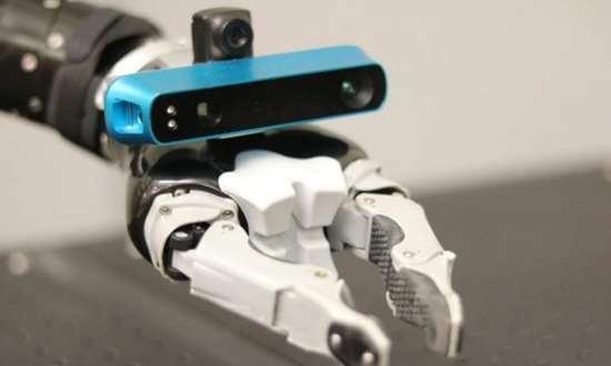 在机器人的机械手臂安装摄像头可快速创建3D模型