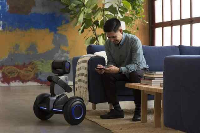赛格威推出Loomo平衡车机器人