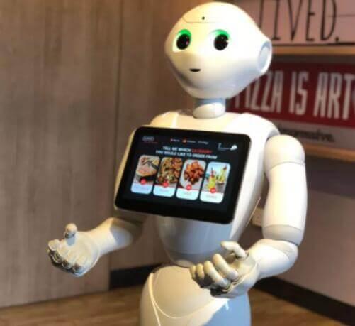 用Pepper机器人点披萨 这创意居然让必胜客想了出来