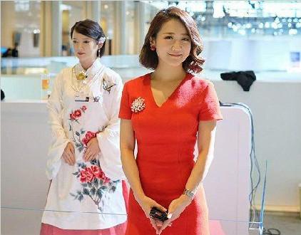 中国最美美女智能机器人