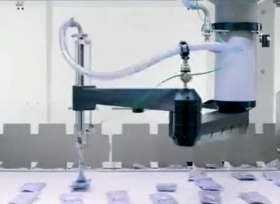 德国包装机器人快速拾取装盒