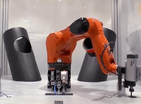 KUKA机器人铣削焊接 高效精准
