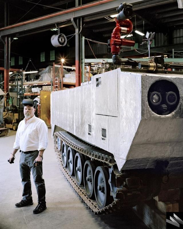 自动驾驶消防机器人坦克问世:可用于对付山火