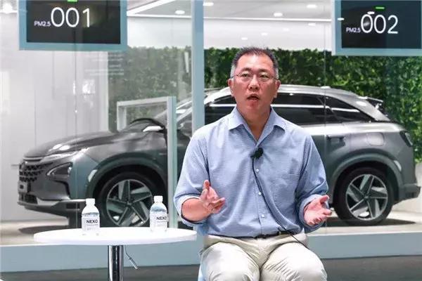 加码人工智能和自动驾驶 现代汽车抢镜亚洲CES