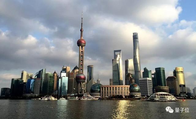 据说,上海AI产业规模700亿,包揽全国1/3人才
