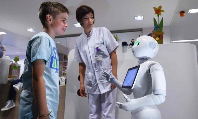 服务机器人产业现状分析