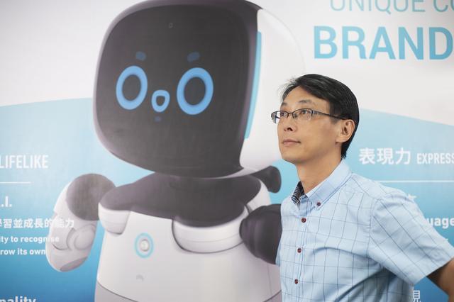 斯坦福学霸48岁开始创业做机器人 凭何获得小米投资?