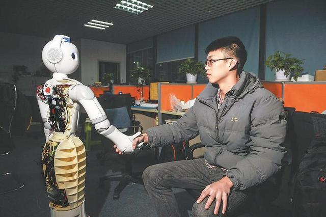 柔性材料助力仿生机器人实现自我修复