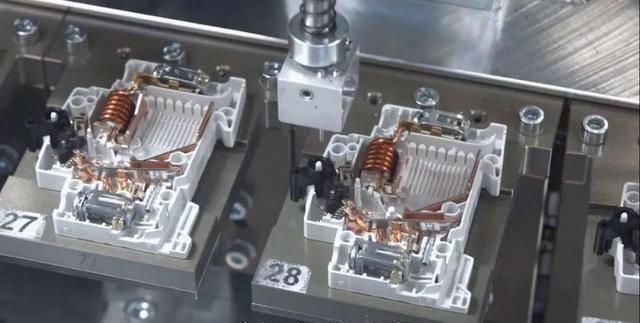 这不是未来,这是今天的智能工厂——ABB海德堡工厂