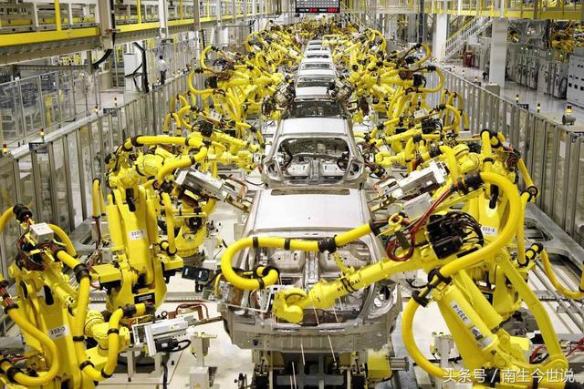IMF:亚洲工业机器人全球占比65%,中国则占亚洲的50%,美日欧呢