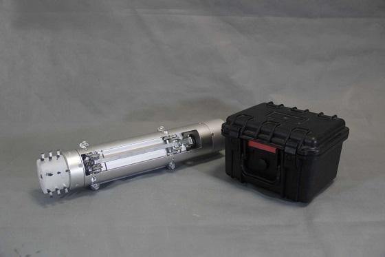 西安罗百特研制ZA炮膛清洗机器人,为军工机器人再填新丁
