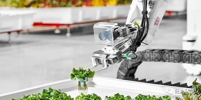 连回家种地的「资格」都没了?美国农场竟然研发机器人种地
