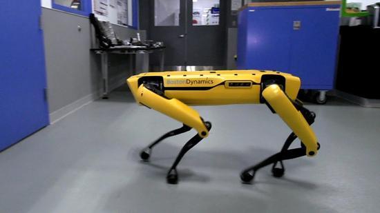 波士顿动力公司首款商业机器人Spot即将上市