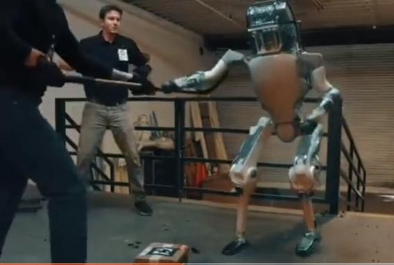 来自波士顿动力机器人的反击