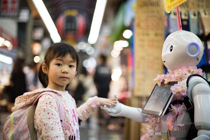 儿童机器人在国内普通家庭消费低迷 企业业务重心将转向院校