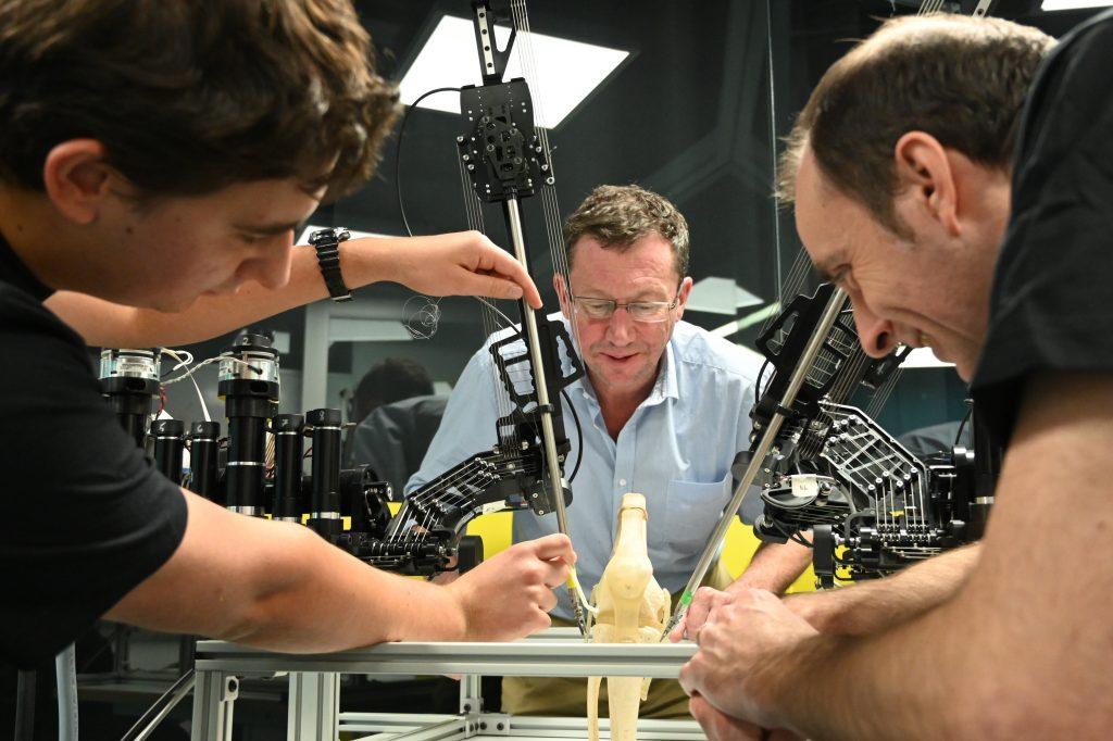 """这个外科手术机器人可以为患者""""量身定制"""""""