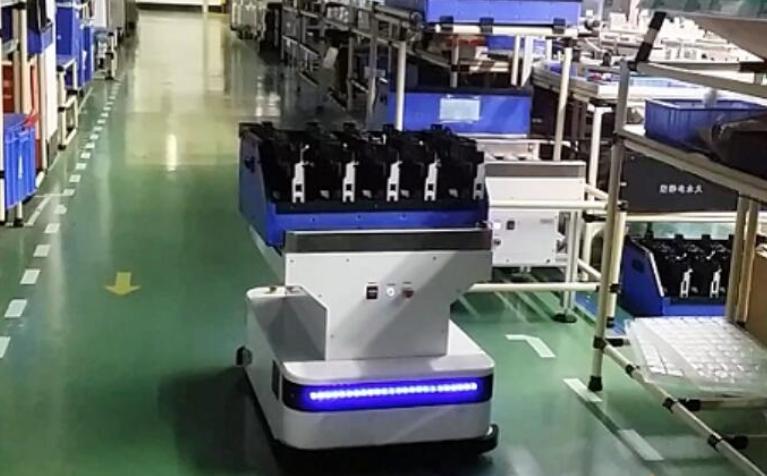 移动机器人往前走是哀鸿遍野的道路 但机器人企业依然有底气前行