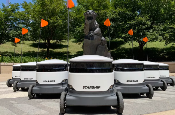 Starship科技宣布在美国大学校园部署自动送货机器人